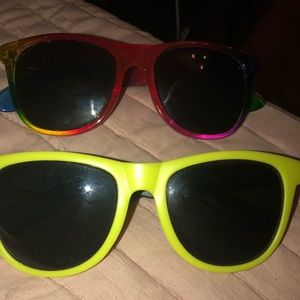VS Pink sunglasses bundle